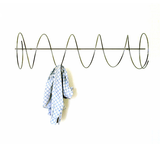 form-al garderobe twister